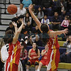 The first quarter of the Santa Fe High School vs Española High School at Santa Fe on Friday, February 28, 2014. Luis Sanchez Saturno/The New Mexican