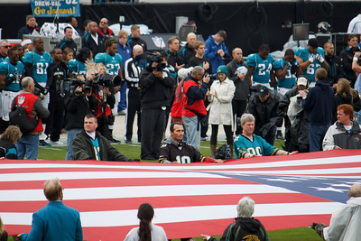 That's my cousin Sean in the green jacket holding the flag!