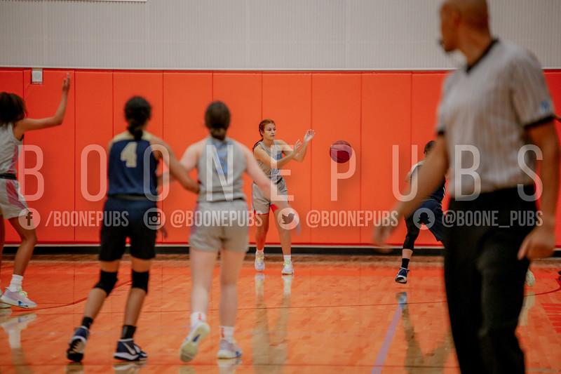 12-10 GirlsVarsityBasketballVSHolyTrinity_McCarthy006