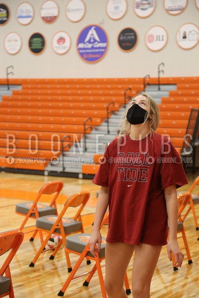 Varsity Volleyball Gym Setup 10_14_Smith0054