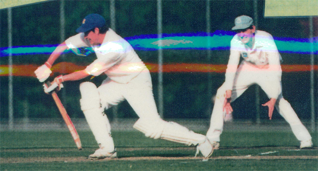 Marcus Leonard defends<br /> First XI  Grand Final v <br /> B Turf 1992/93