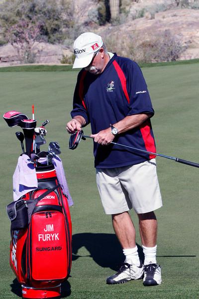 fluff cowen on furyk's bag