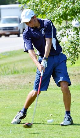 0806 pearson golfers 16
