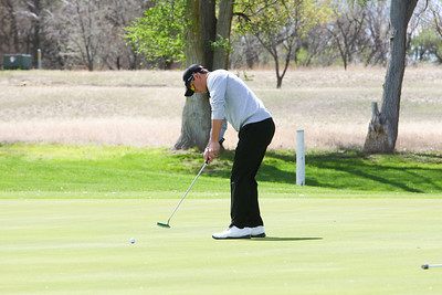 Gordon/Rushville's Rener Sahr puts on hole number eight at the Western Trails Conference Tournament at Bayard on Saturday.