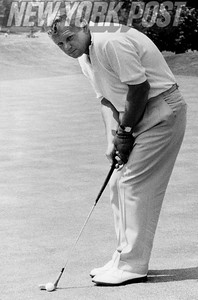Walter Burkemo lines up a put at 1959 U.S. Open.