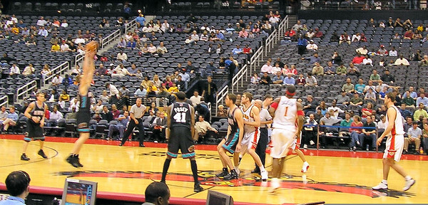 Grizzlies at Hawks 2004