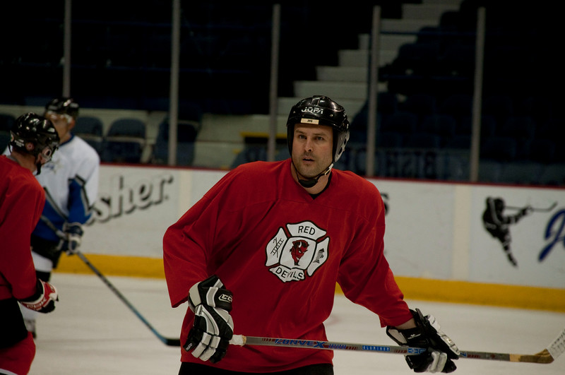 Guns n Hoses Hockey - Game 1 - Hosers vs. Chicago PD Stars - January 9, 2010