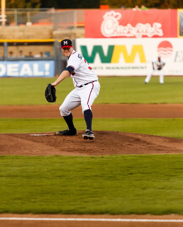 Gus Schlosser pitching
