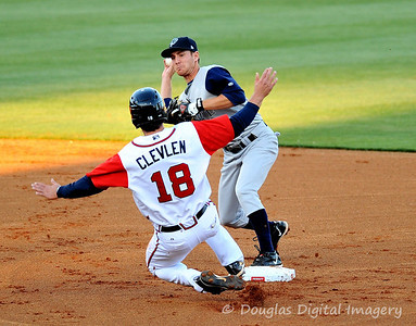 041010gbraves-vs-cltknights037