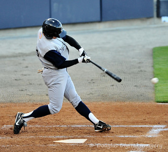 041010gbraves-vs-cltknights041