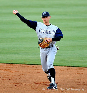041010gbraves-vs-cltknights028