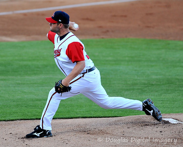 041010gbraves-vs-cltknights023