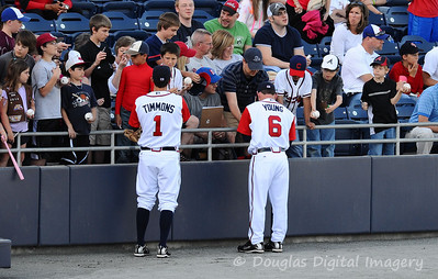 041010gbraves-vs-cltknights002