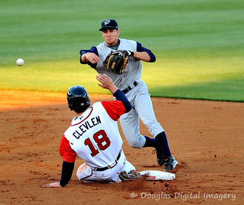 041010gbraves-vs-cltknights038