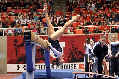 NCAA GYMNASTICS: JAN 13 Utah State at Utah