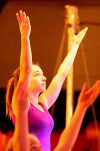 10 12 03 The Gift - Gymnastics-027
