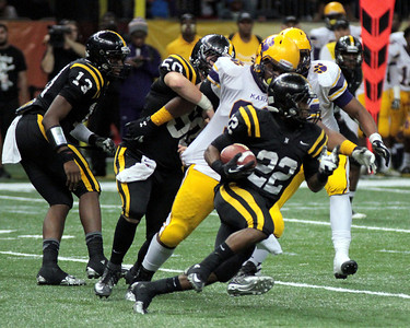 2012-LOUISIANA HIGH SCHOOL FOOTBALL: CLASS 4A STATE FINALS. NEVILLE VS. EDNA KARR.  KARR WINS.