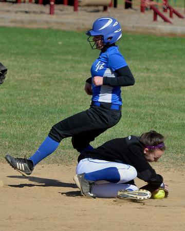 HFalls vs HValley softball