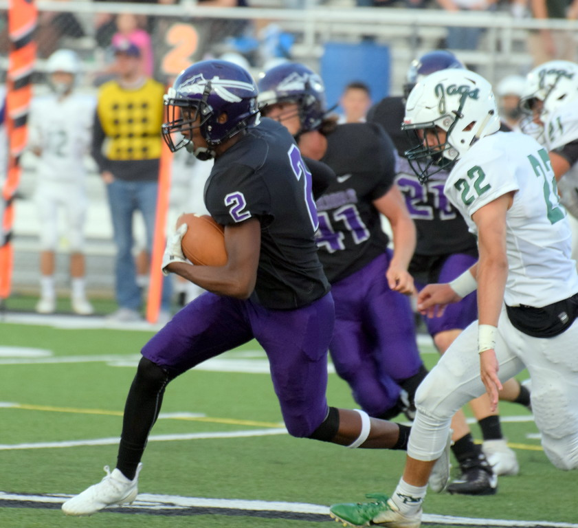 . Allen Park headed to Woodhaven on Friday night and defeated the previously unbeaten Warriors by a score of 21-7. With the win, the Jaguars pulled into a first-place tie in the Downriver League with the Warriors, Gibraltar Carlson and Trenton. Frank Wladyslawski - Digital First Media