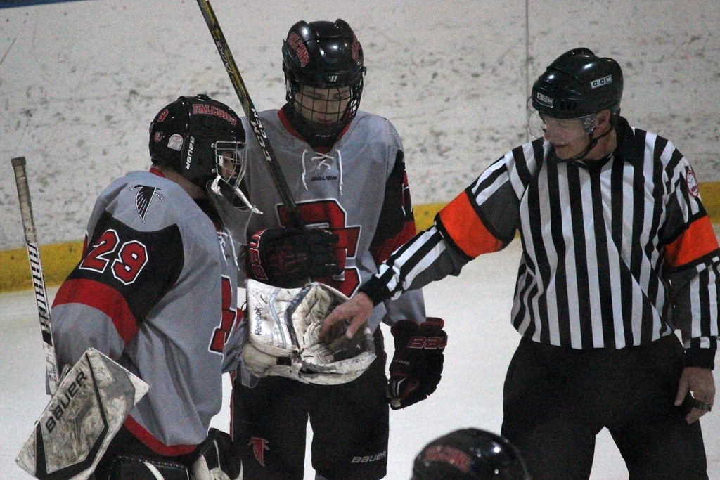 . Riverview Gabriel Richard went on the road on Wednesday night and defeated Dearborn Divine Child by a score of 4-3.  By Ricky Lindsay - For Digital First Media