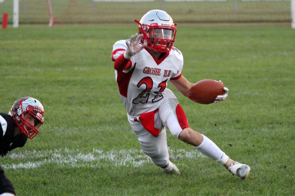 . Joey Pizzo and the Grosse Ile Devils headed to New Boston Huron on Friday night and knocked off the Chiefs by a score of 35-7. The Red Devils improved to 4-0 overall and 3-0 in the Huron League. Ricky Lindsay - For Digital First Media