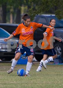 Oktoberfest_soccer_teams_20081012_0001