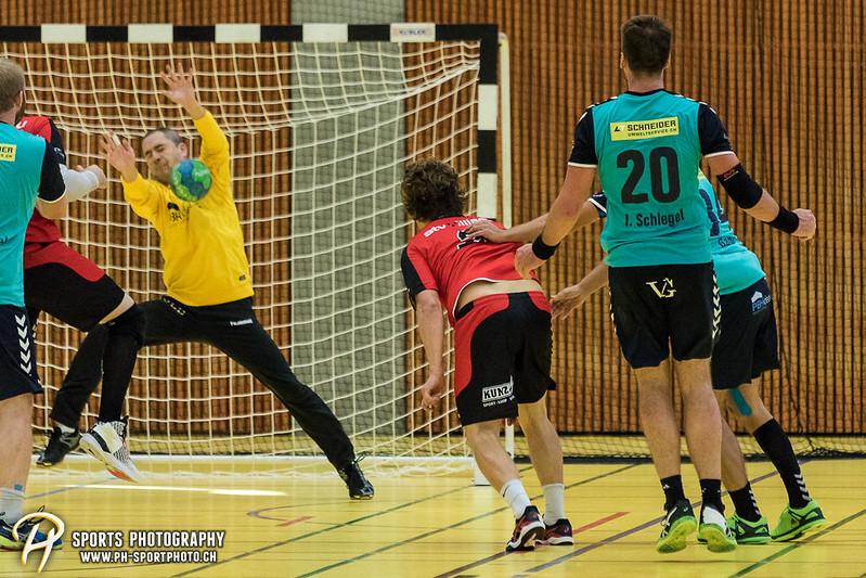 2. Liga: HSG Baar/Zug Superbulls - STV Willisau - 24:25 - Bild-ID: 201709170379