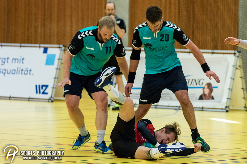 2. Liga: HSG Baar/Zug Superbulls - STV Willisau - 24:25 - Bild-ID: 201709170428