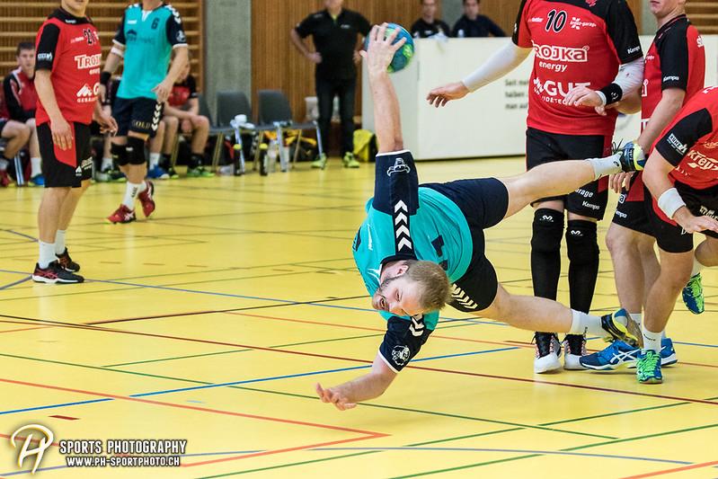 2. Liga: HSG Baar/Zug Superbulls - STV Willisau - 24:25 - Bild-ID: 201709170368