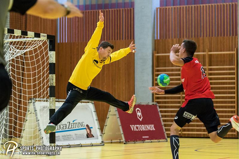 2. Liga: HSG Baar/Zug Superbulls - STV Willisau - 24:25 - Bild-ID: 201709170250