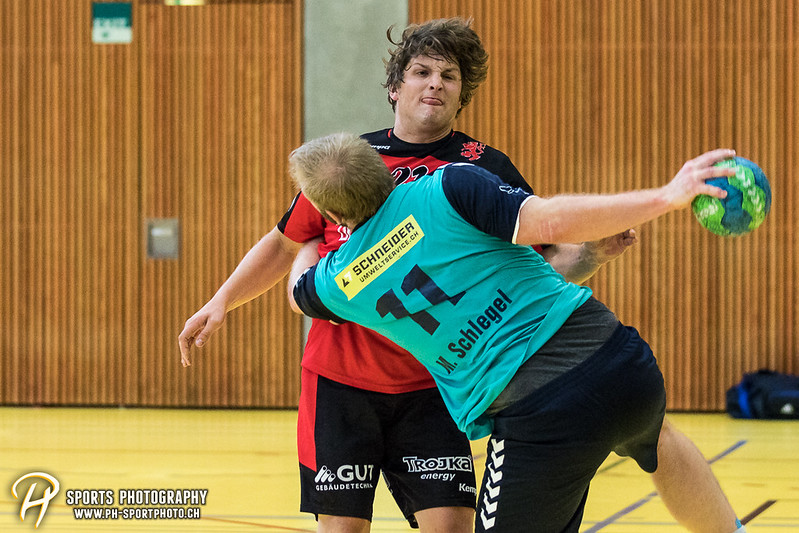 2. Liga: HSG Baar/Zug Superbulls - STV Willisau - 24:25 - Bild-ID: 201709170399