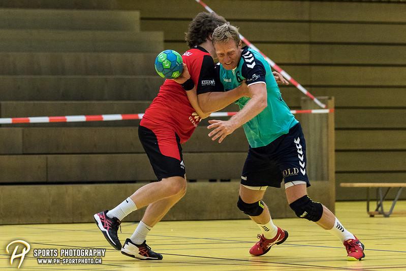 2. Liga: HSG Baar/Zug Superbulls - STV Willisau - 24:25 - Bild-ID: 201709170293