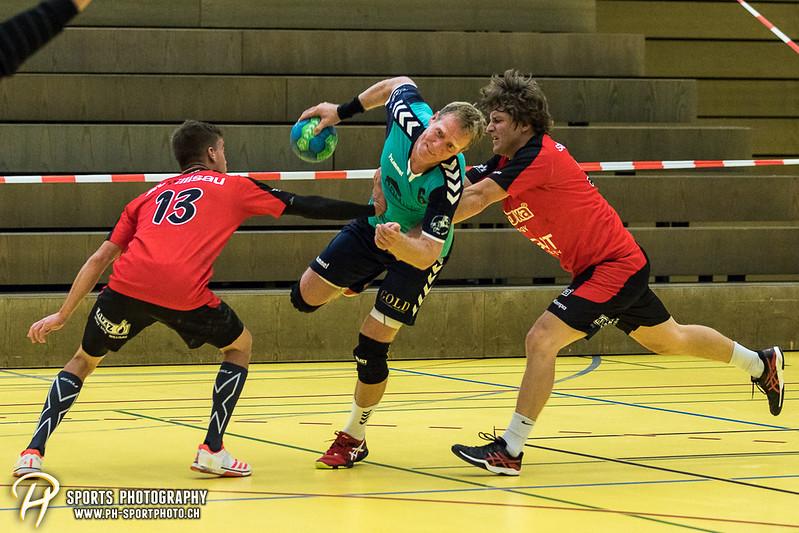 2. Liga: HSG Baar/Zug Superbulls - STV Willisau - 24:25 - Bild-ID: 201709170350