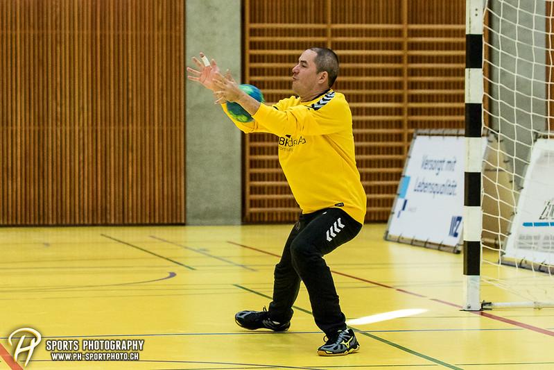 2. Liga: HSG Baar/Zug Superbulls - STV Willisau - 24:25 - Bild-ID: 201709170406