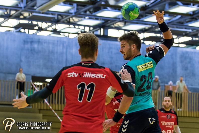 2. Liga: HSG Baar/Zug Superbulls - STV Willisau - 24:25 - Bild-ID: 201709170333