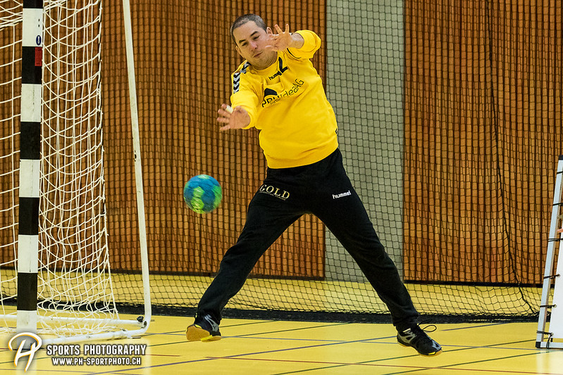 2. Liga: HSG Baar/Zug Superbulls - STV Willisau - 24:25 - Bild-ID: 201709170430