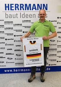 20190115_08_RadteamHerrmannPräsentation_Eberhard_FahrradeckeErl_4502