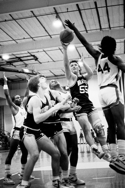 Riverview Gardens (Rams) vs. St. Charles West (Warriors) 1985