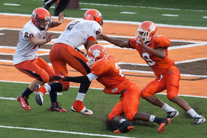 MG_Varsity_Football_-_08-26-2011_-_Photo_040