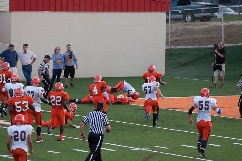 MG_Varsity_Football_-_08-26-2011_-_Photo_037