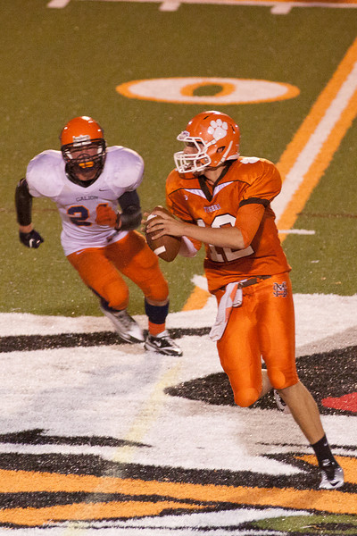 MG_Varsity_Football_-_08-26-2011_-_Photo_087