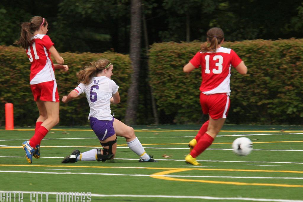 IMG4_20390 Katie NHSS Soccer trmzb
