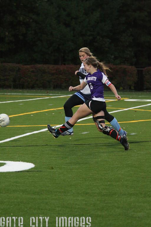 IMG4_21368 Katie NHSS Soccer