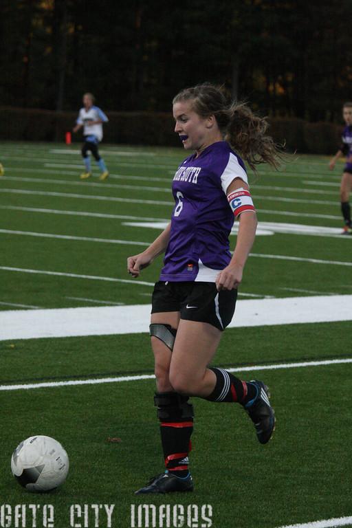 IMG4_21345 Katie NHSS Soccer