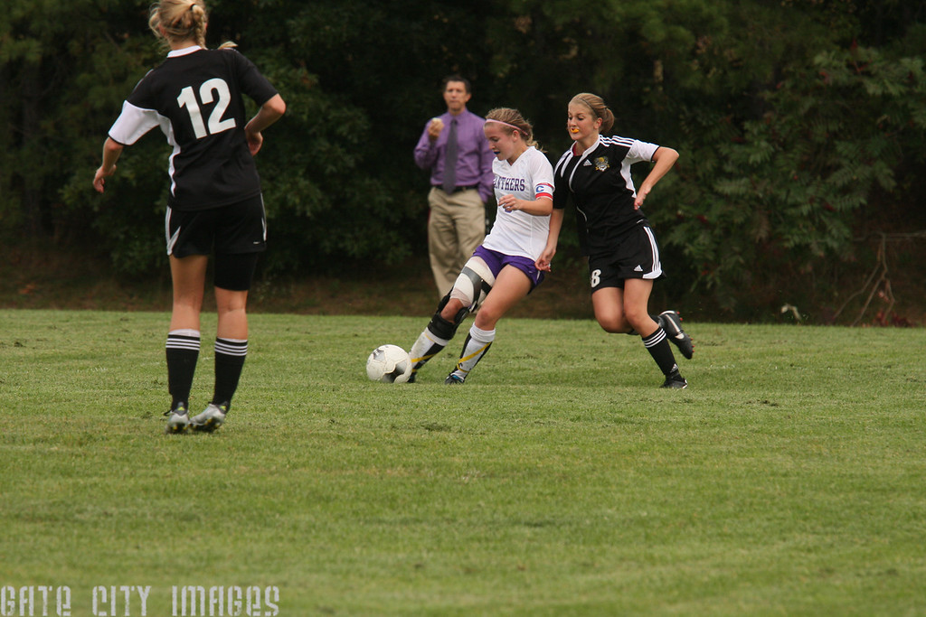 IMG4_20862 Katie NHSS Soccer