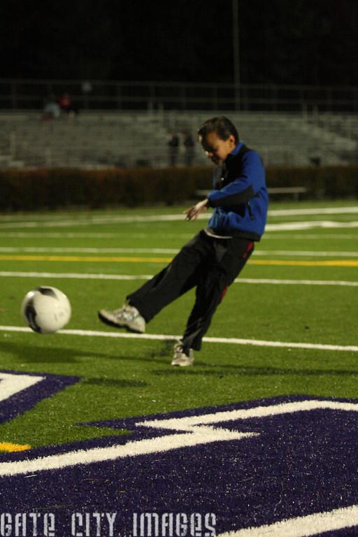 IMG4_21594 David P soccer kick at Stellos