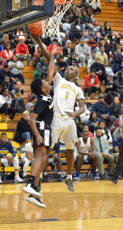 . Paul DiCicco - The News-Herald Scenes from the Euclid vs. Glenville boys basketball game on Jan. 6, 2018.