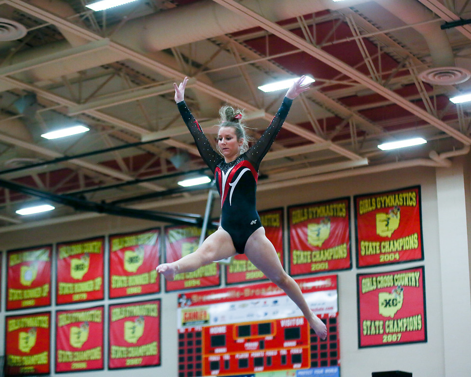 . Coleen Moskowitz - The News-Herald Emily Phillips of Chardon during the Rock n\' Roll Classic on Jan. 21 at Brecksville-Broadview Heights.