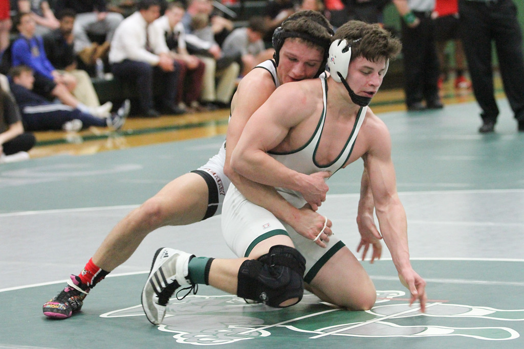 . Barry Booher - The News-Herald Collin Langer ( Lake Catholic ) (RIGHT ) v Sam Cales ( Perry ) 152 LBS.