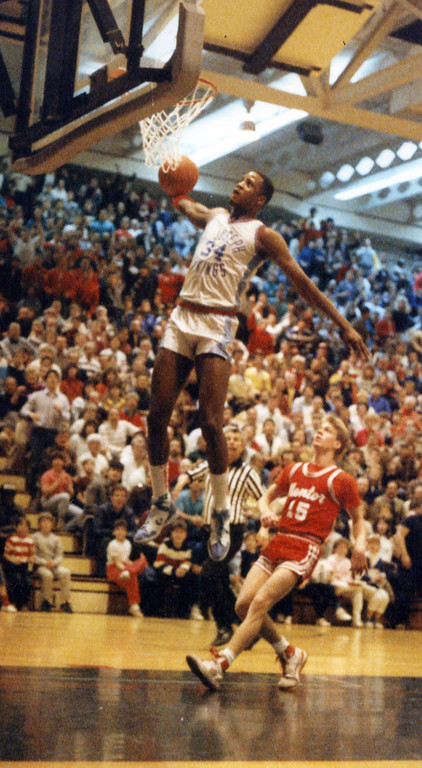. Courtesy Tim Robertson Jr. St. Joseph\'s Treg Lee dunks against Mentor in a Class AAA district final in 1987.
